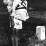 一枚の写真「焼き場に立つ少年」に凝縮されている戦争の悲しさと虚しさ